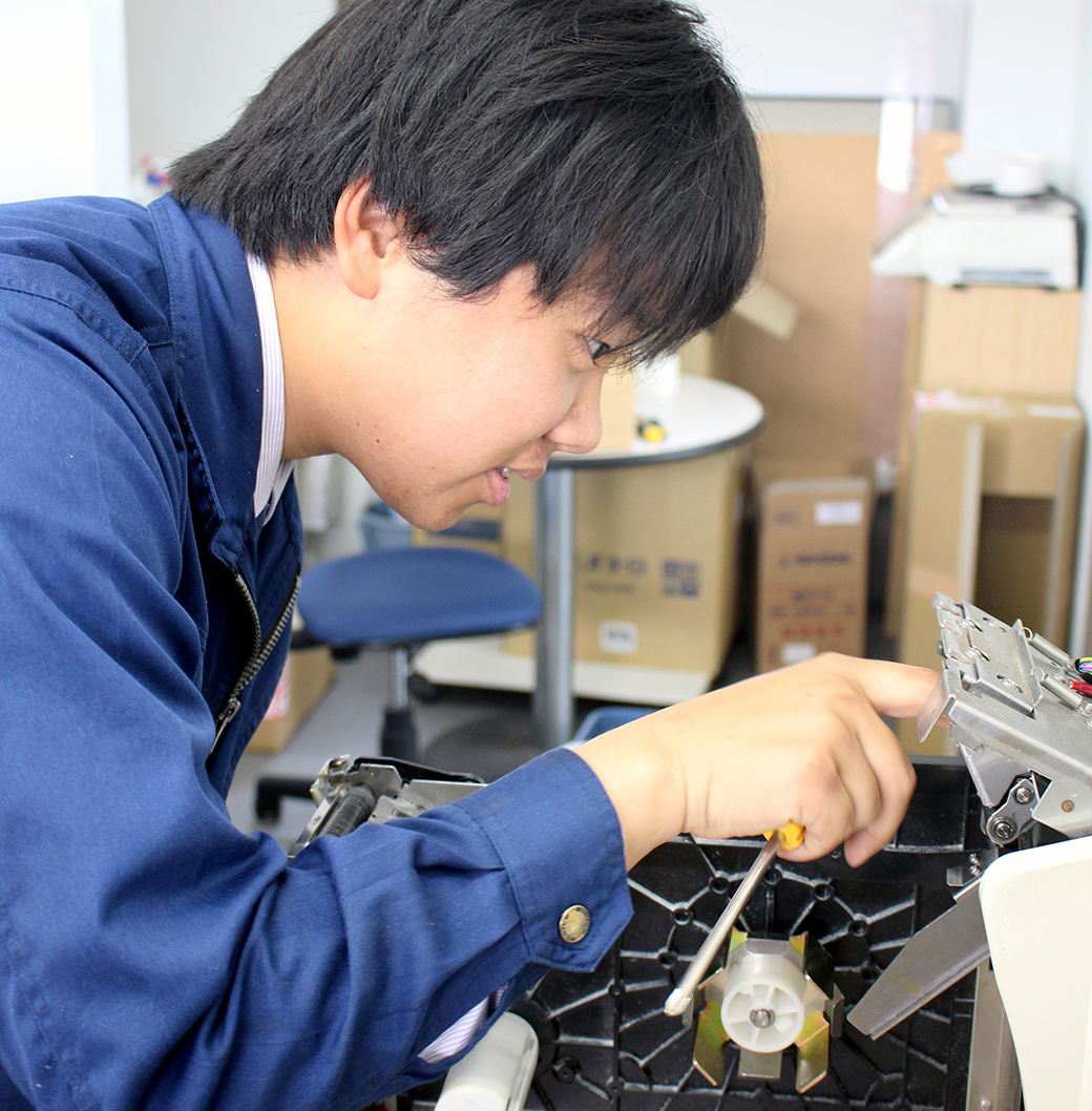 INTERVIEW #01 先輩スタッフの声 SATOSHI MATSUMIYA「仕事とプライベートのバランス」